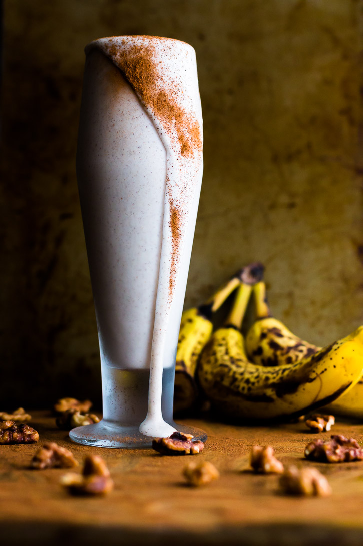 This Banana Bread Protein Shake fills you up and gives you fuel for the rest of the day while also tasting like a delicious slice of banana bread. | www.megiswell.com