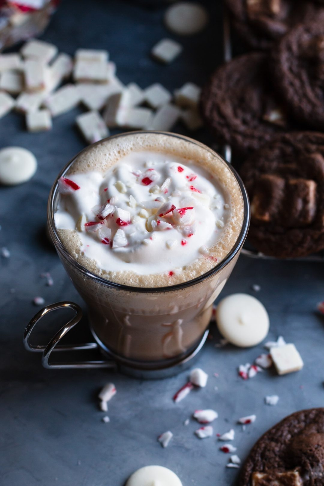 This White Chocolate Latte is perfect to sip on during the holidays in your comfy Christmas socks. | Christmas | Holiday | espresso | www.megiswell.com